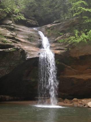 Small water falls at Hocking Hills Park