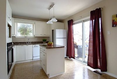 the kitchen afterrenos
