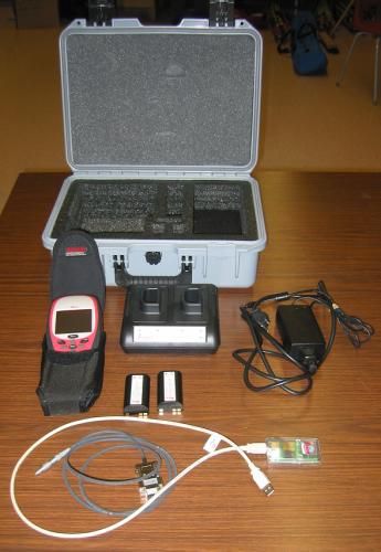 Leica GS20 GPS Unit